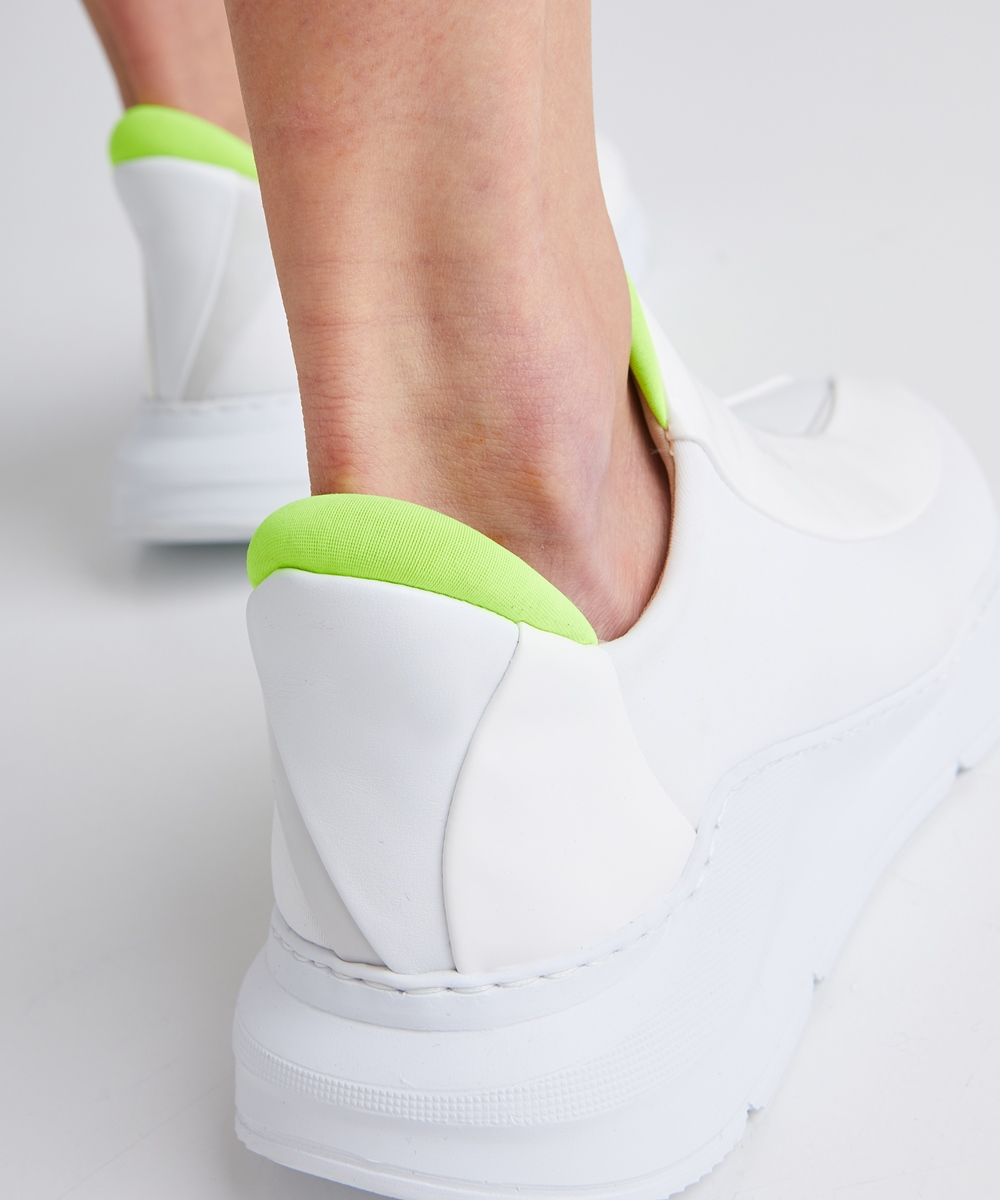 Electron. 04 White and Neon Sneaker