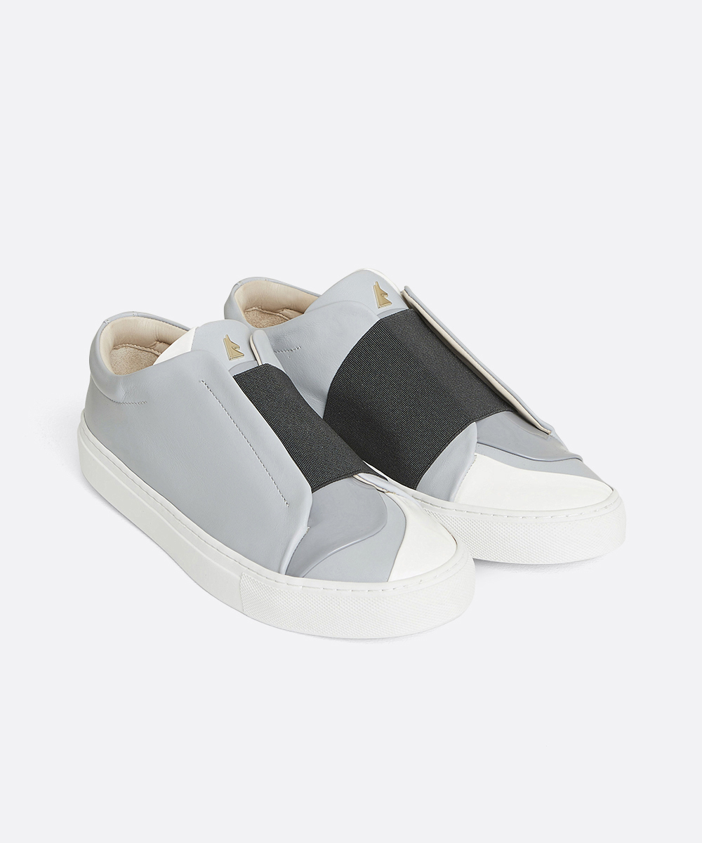 Nuage Low-Top Blue Sneaker