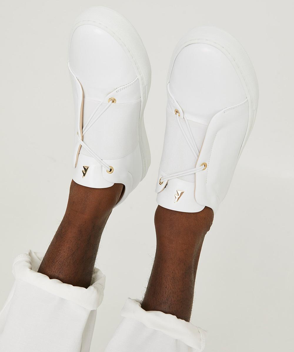 20 – danielessa_toietmoi_bb_whitelaces_sneaker