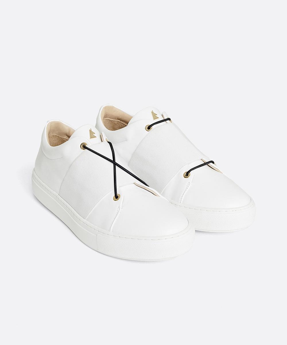 XOXO B.B Low-Top White Sneaker