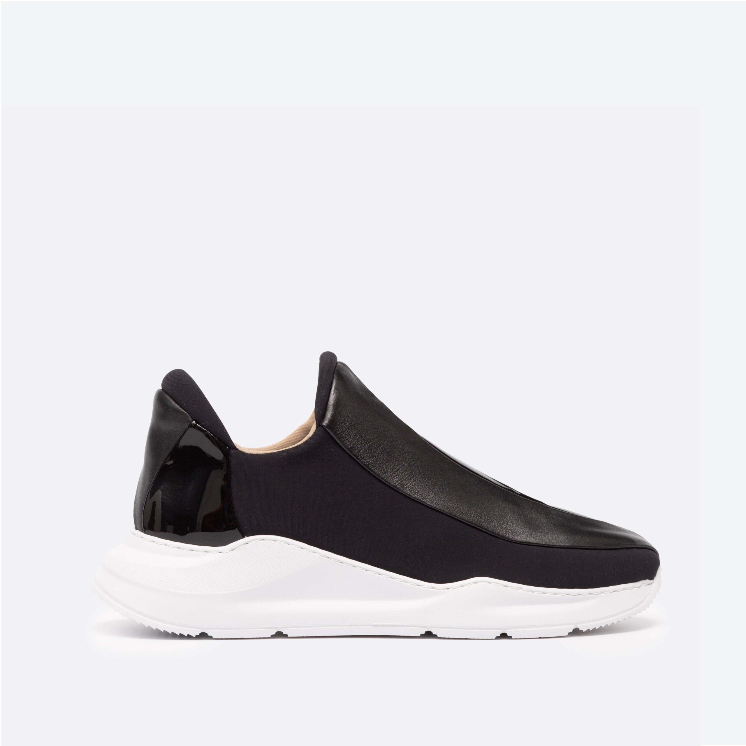 Electron. 03 Black Sneaker