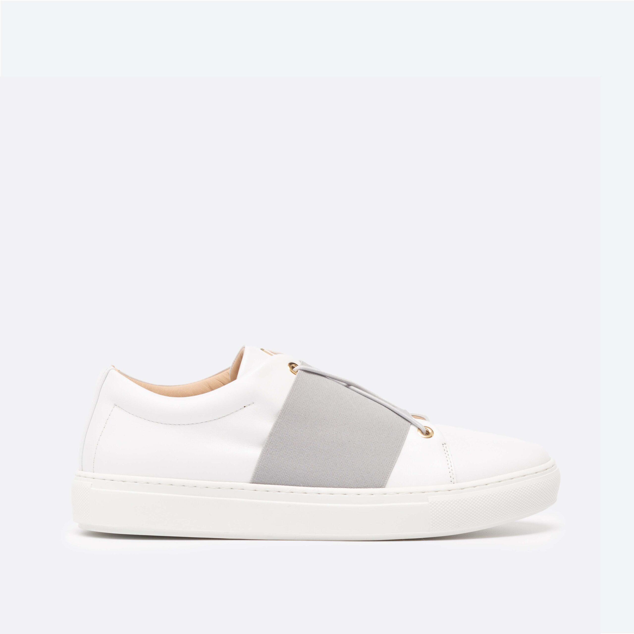 XOXO B.G Low-Top White Sneaker